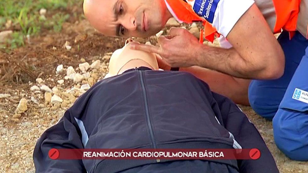 Cómo ayudar si alguien tiene un infarto