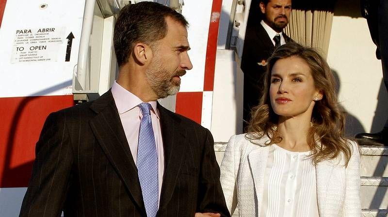 Los príncipes de Asturias, de viaje en EE. UU..Fina Casalderrey, no estand de Galicia na feira de Guadalajara.