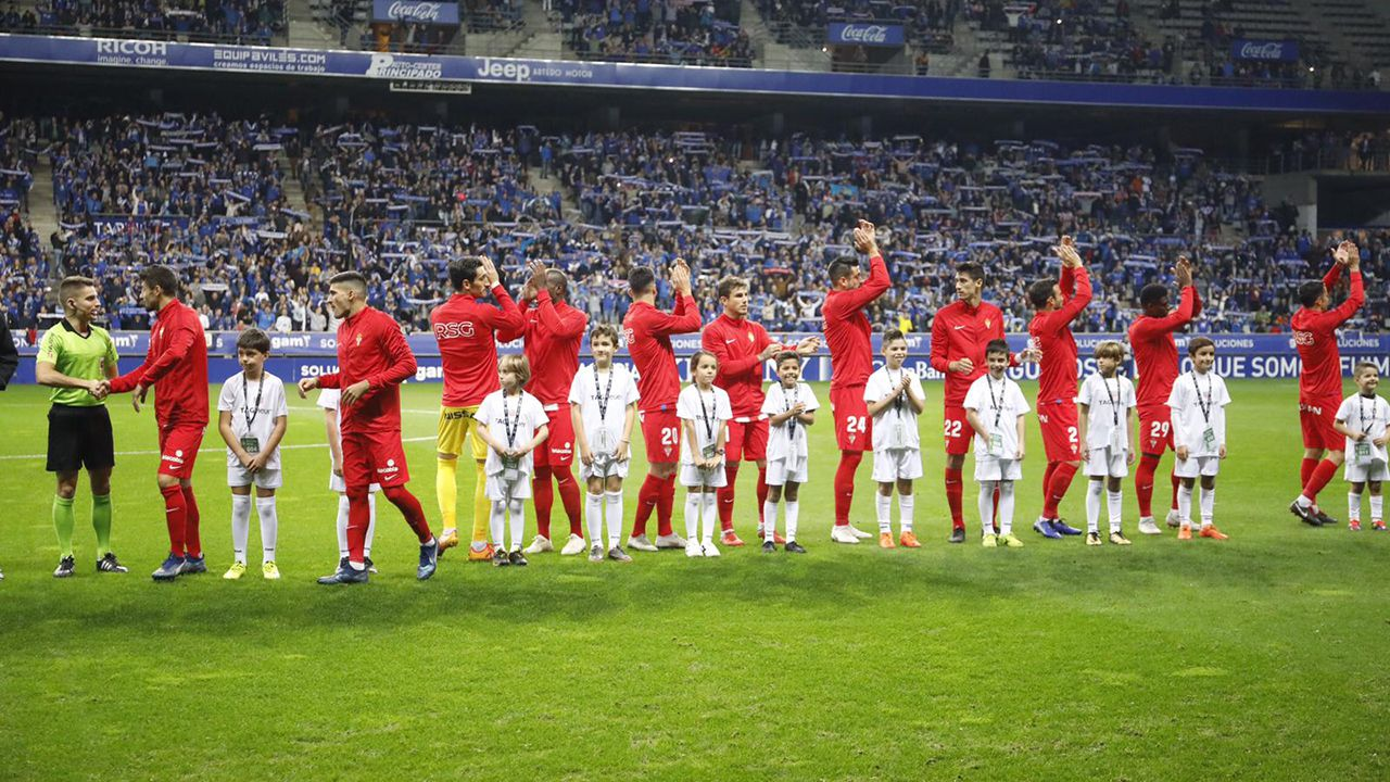 Gol Ibra Real Oviedo Sporting derbi Carlos Tartiere.Derbi en el Carlos Tartiere entre el Oviedo y el Sporting, temporada 2018-2019
