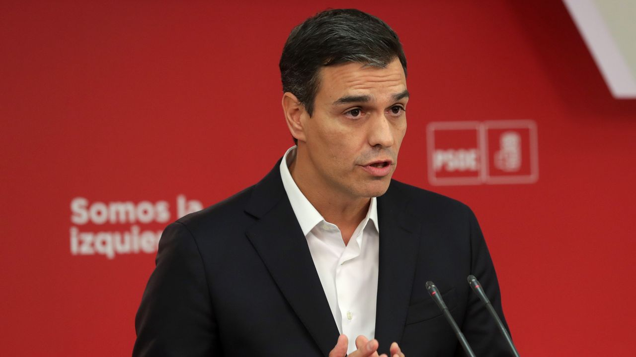 Sánchez condena el «fracaso anunciado» del «rupturismo» catalán y el «inmovilismo» gubernamental