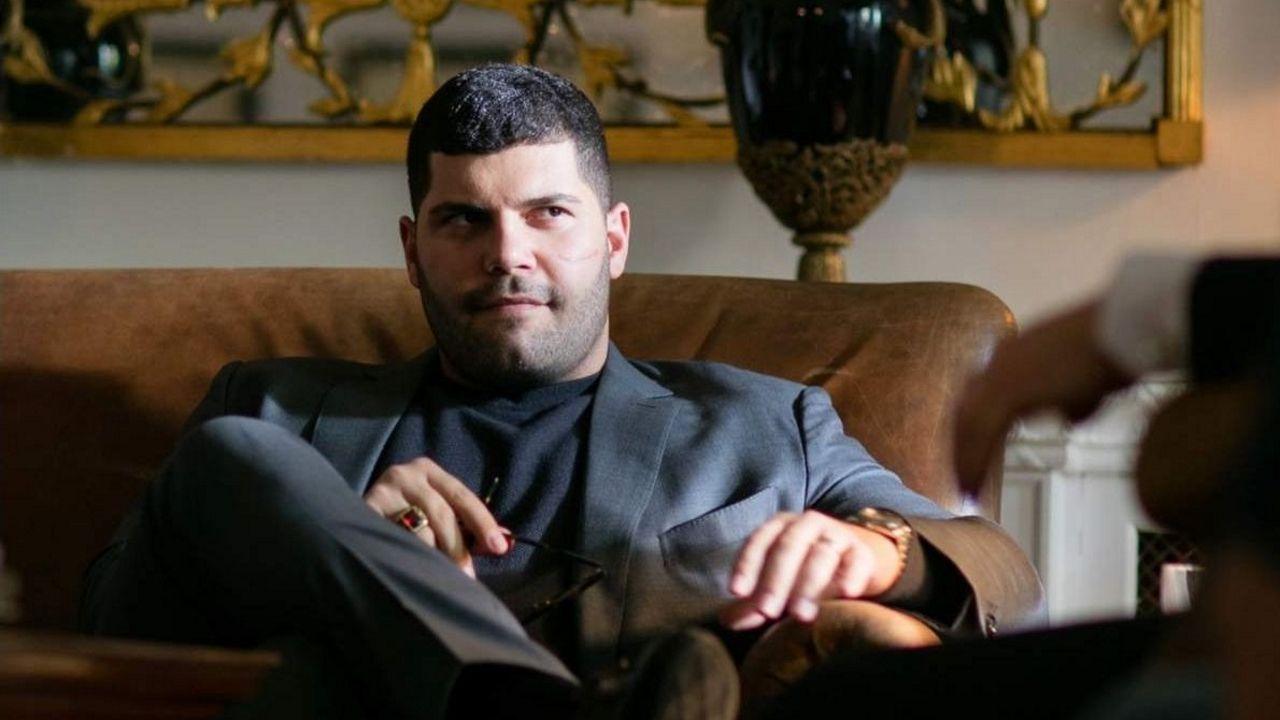 Genny Savastano (interpretado por Salvatore Esposito) se reinventa como hombre de negocios
