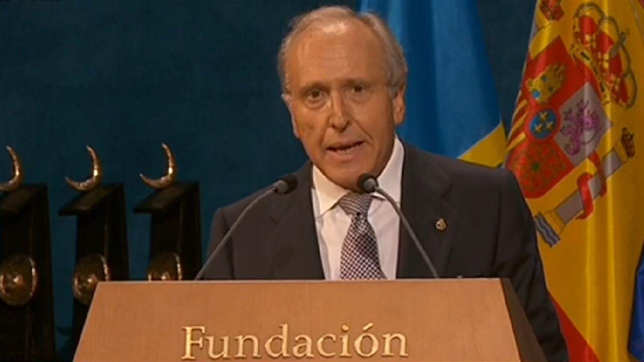 Un parlamento de luto.El presidente de la Fundación Princesa de Asturias, Luis Fernández-Vega