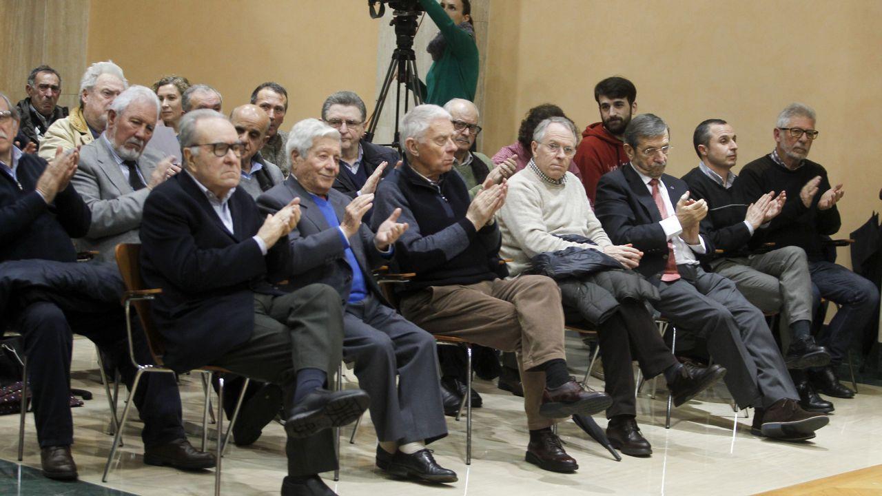 Trabajadores de Alcoa se concentran en Vilagarcía
