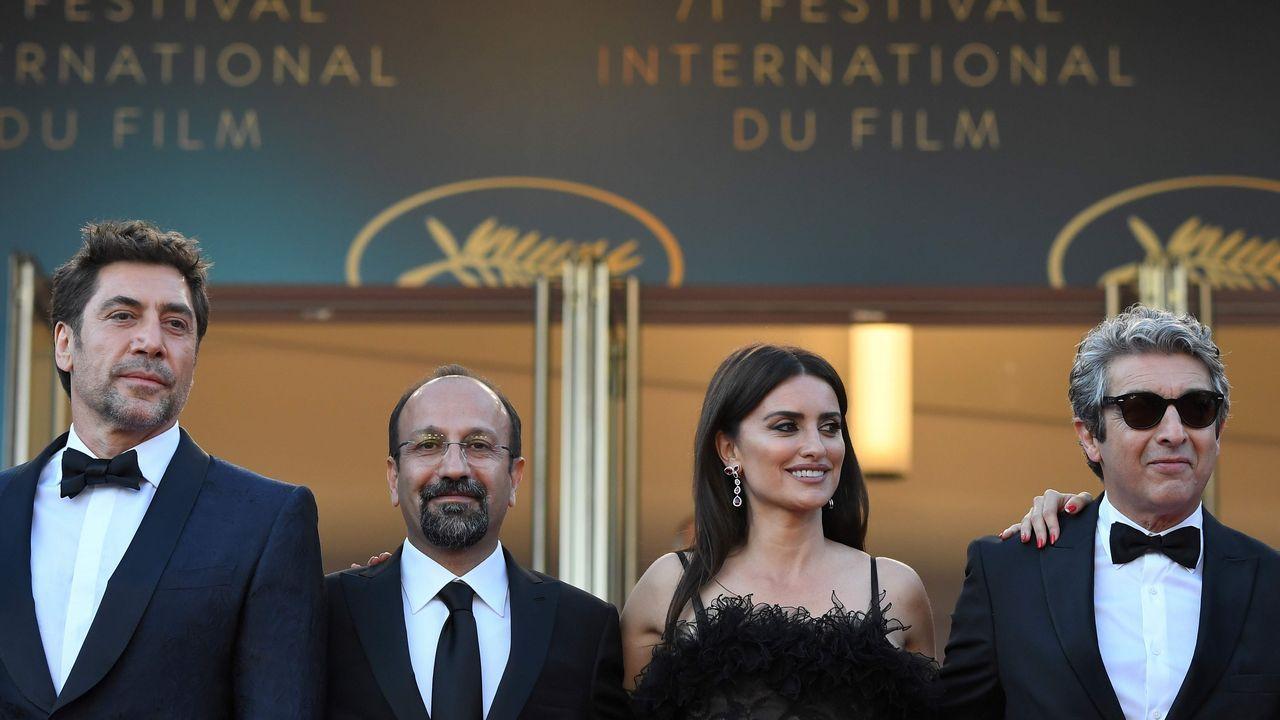 Las transparencias de Kendall Jenner en Cannes.El equipo de «Leto», si su director