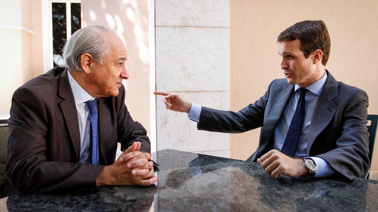 Casado conversa con el presidente del PSD, Rui Rio, con quien se reunió en el marco de una visita de trabajo a Portugal