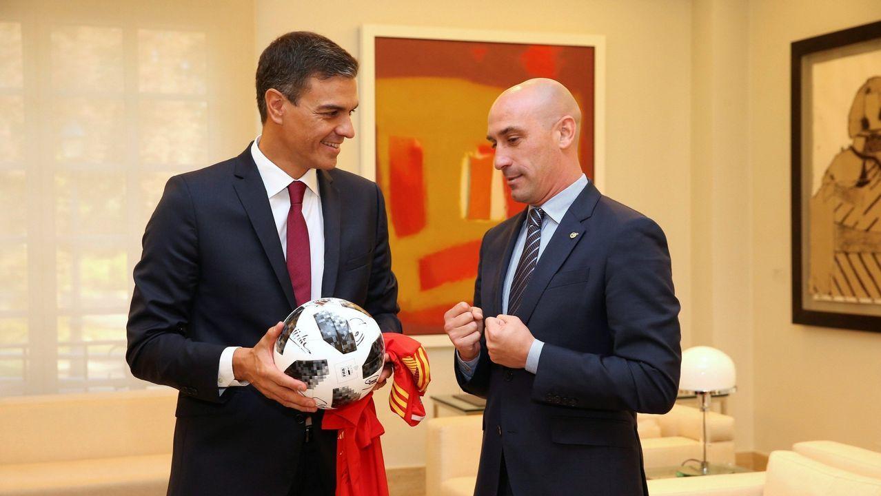 Luis Enrique hace balance de sus primeros meses como seleccionador.Pelayo celebra un gol con el Real Oviedo en el Carlos Tartiere