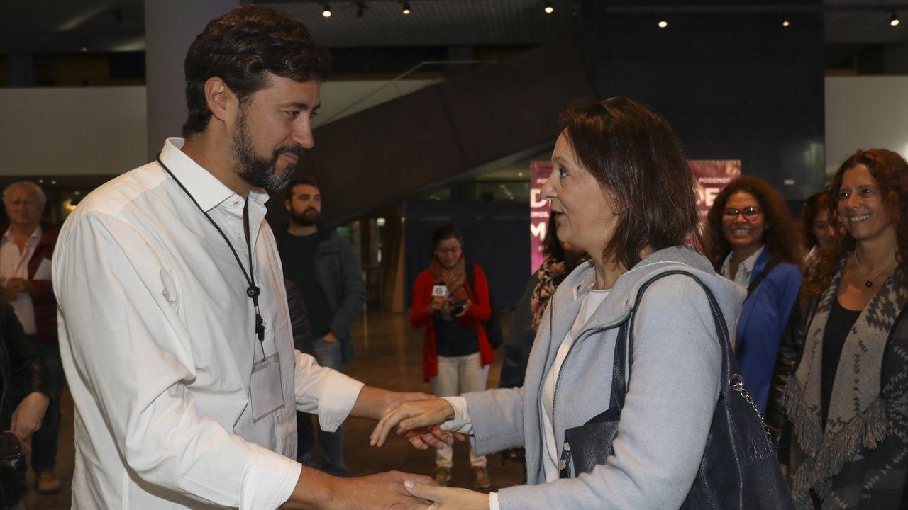 El caso del supuesto enchufe de la cuñada de Carmela Silva llega a los juzgados.Gómez-Reino derrotó a Carolina Bescansa en las primarias gallegas de Podemos