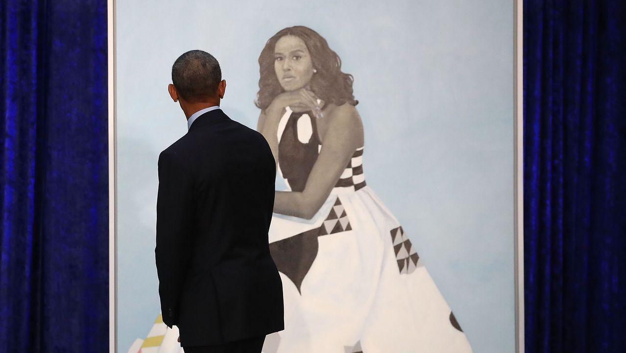 Los Obama ya tienen sus retratos oficiales.