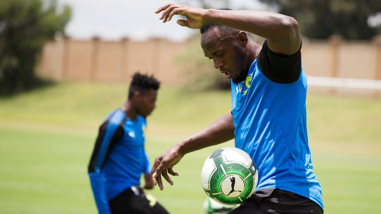 Usain Bolt se pasa al fútbol