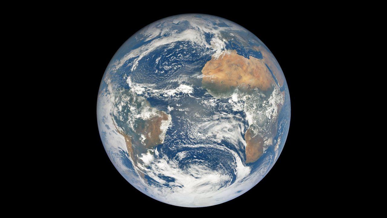 Así se descubrió el tamaño de la Tierra.