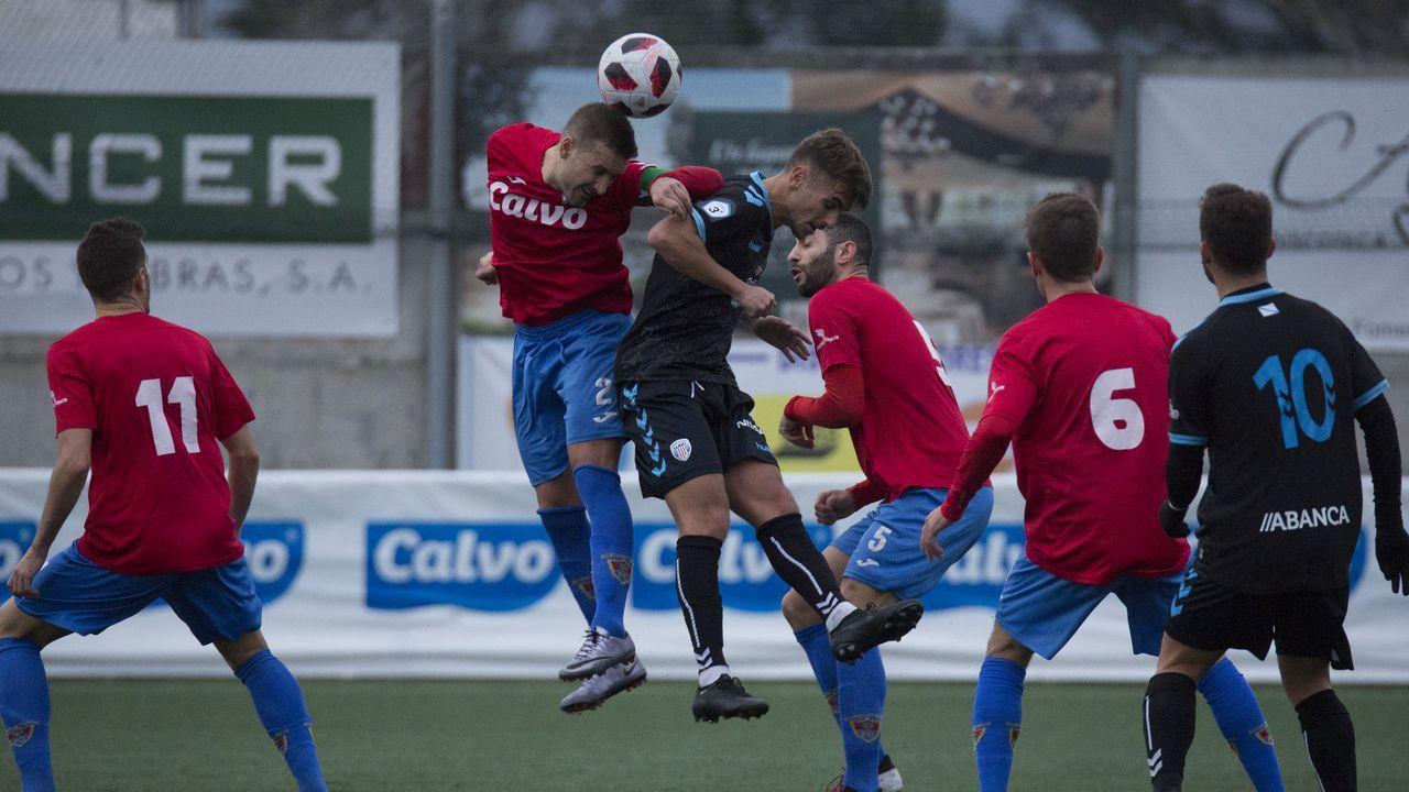 Gol Rober Alarcon Ernesto Lucas Ahijado Vetusta Mirandes Requexon.Javi Cueto en un TSK Roces-Oviedo juvenil