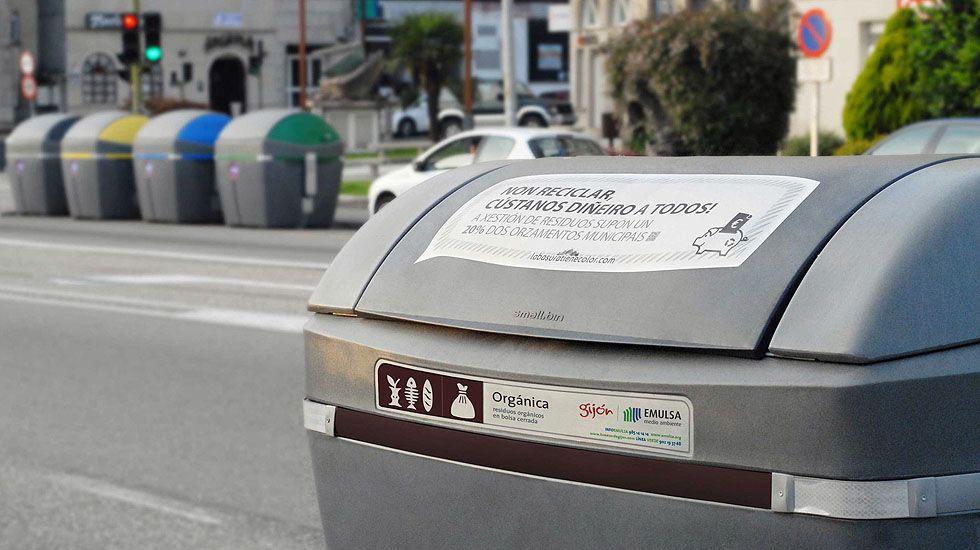 Contenedores de reciclaje en Gijón.Contenedores de reciclaje en Gijón