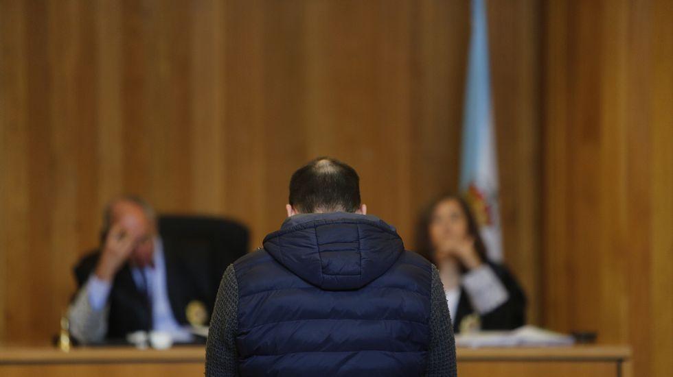 Los acusados en la Sección Primera de la Audiencia.