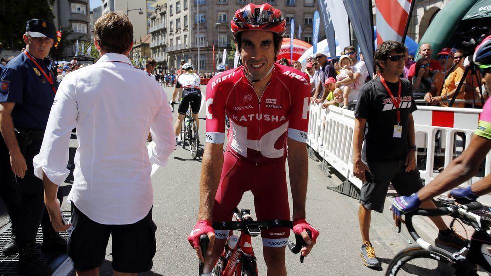 Así fue la tremenda caída deun ciclista.El ciclista gijonense Iván García Cortina, durante la novena etapa de la Vuelta Ciclista a España