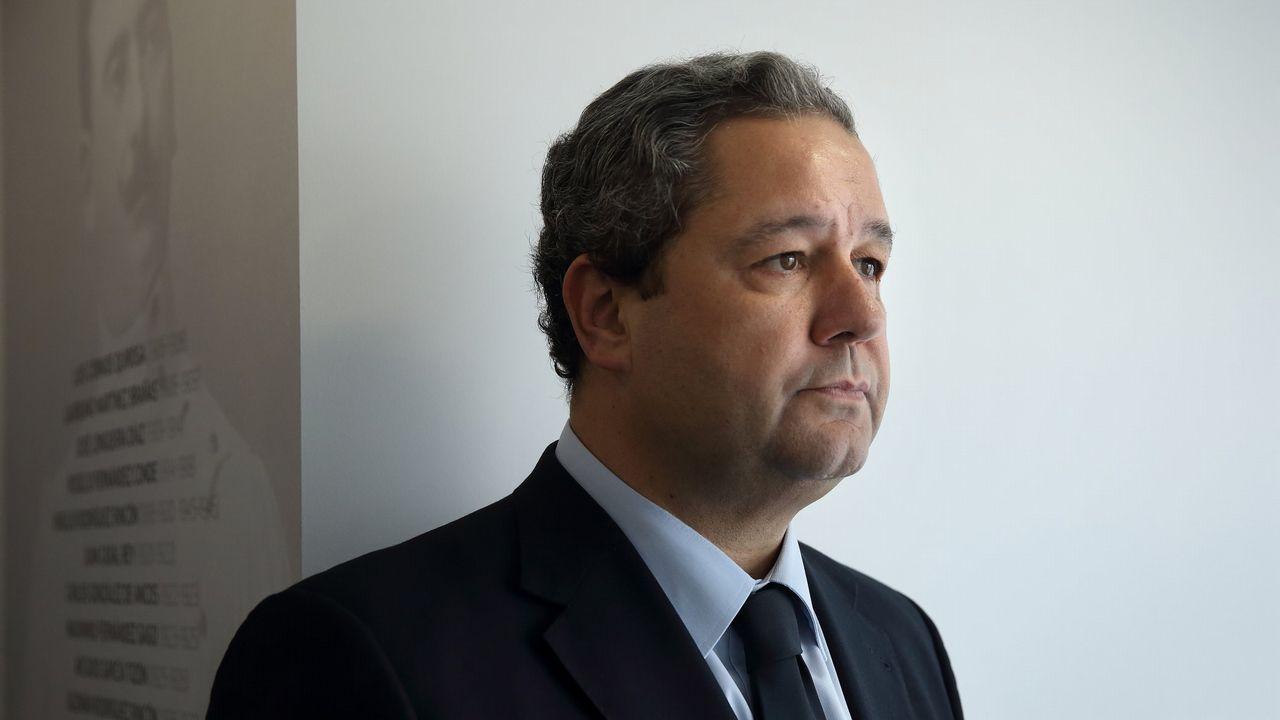 Tino Fernández, en las oficinas del Deportivo en la plaza de Pontevedra