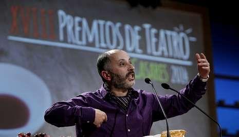 La gala de los premios María Casares, en imágenes.Porto foi galardoado nos Premios de Teatro María Casares como mellor actor protagonista .