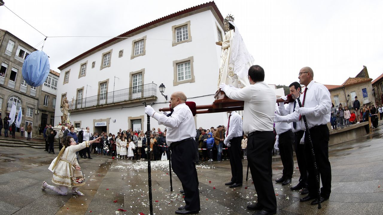 Barbanza afronta la recta final de la Semana Santa .