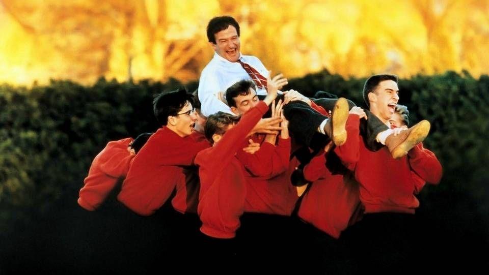 Adiós a uno de los mitos del Hollywood dorado.Robin Williams en «El club de los poetas muertos»