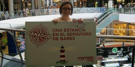 Pilar Trancón, de Cambre, fue una de las premiadas en el concurso «Centinelas del mar», organizado por Marineda City