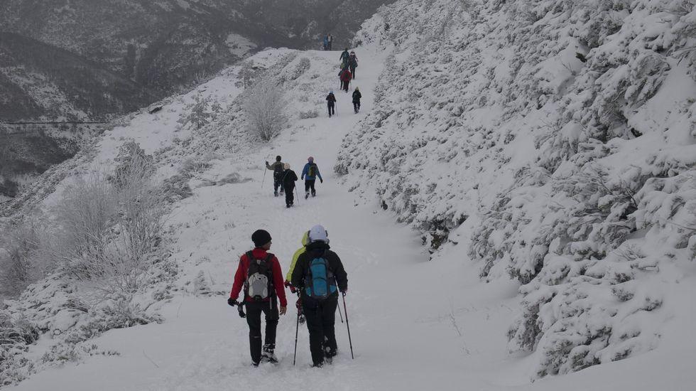 Cuatro rutas estrella en la Ribeira Sacra.Andrés Villar durante una de sus múltiples escapadas, en las que aprovecha para realizar alpinismo.