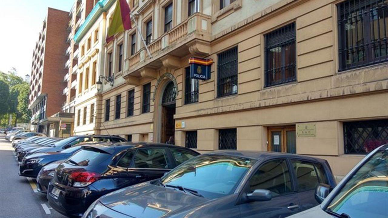 Centro penitenciario de Villabona.Comisaría de Policía de Oviedo