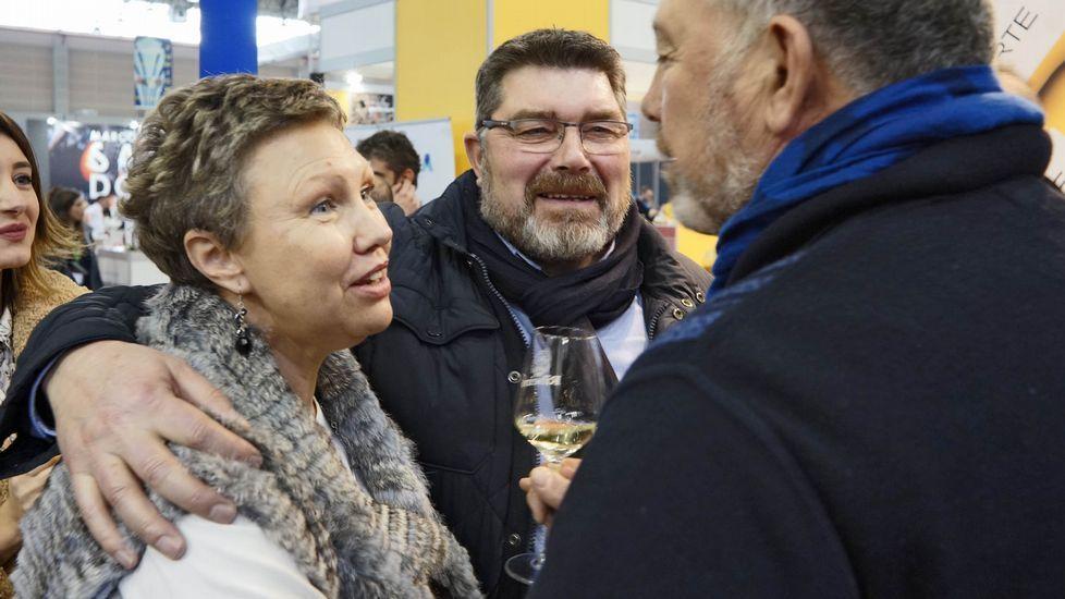 Huellas casi desconocidas de la minería del oro en la comarca quiroguesa.César Enríquez y Sara Inés Vega compartieron conversación y risas en Xantar
