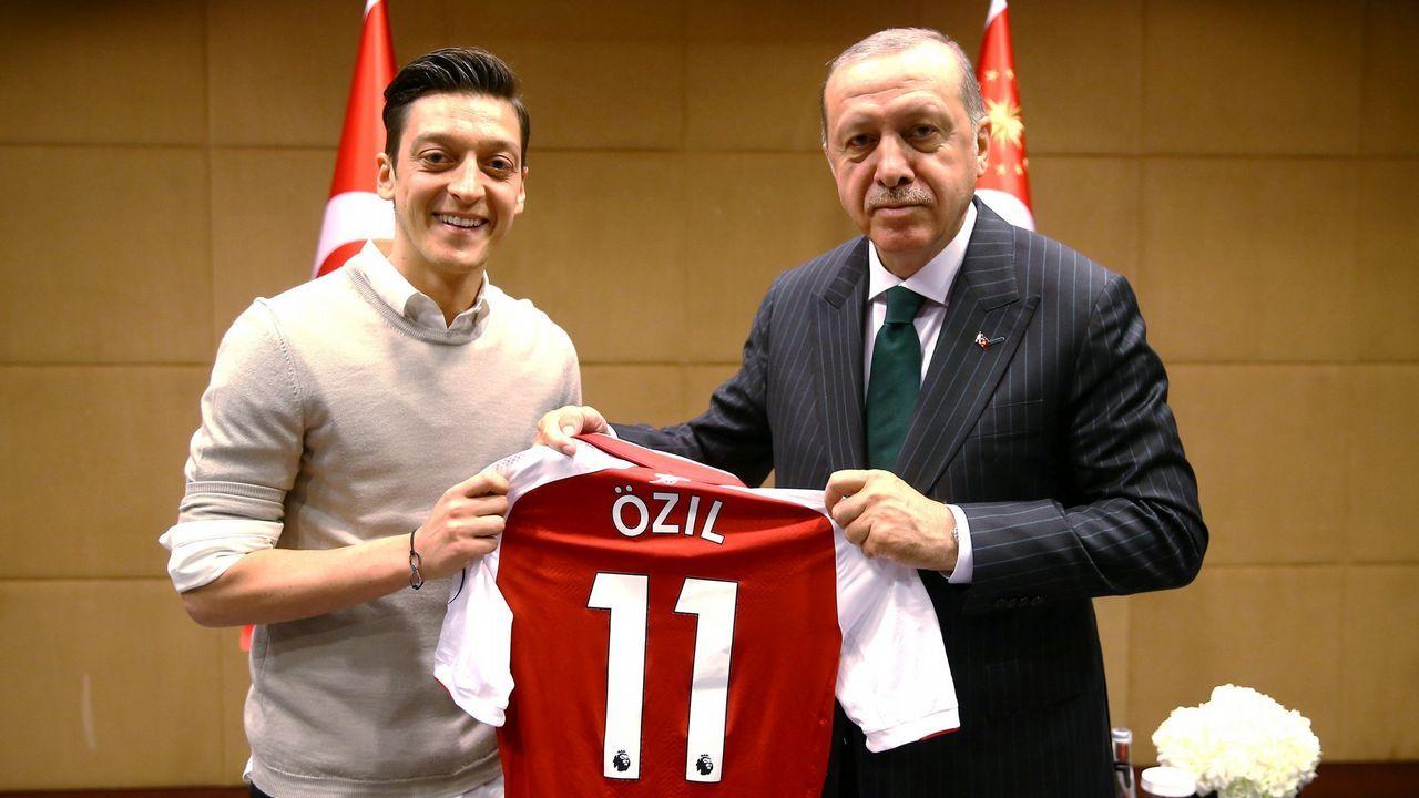Las imágenes que delatan a los futbolistas del Arsenal