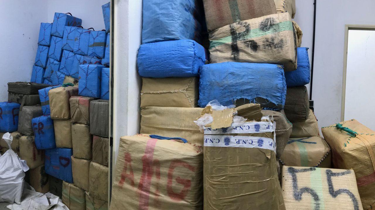 El robo de toneladas de hachís entre narcos armados deriva en una guerra con el Estado