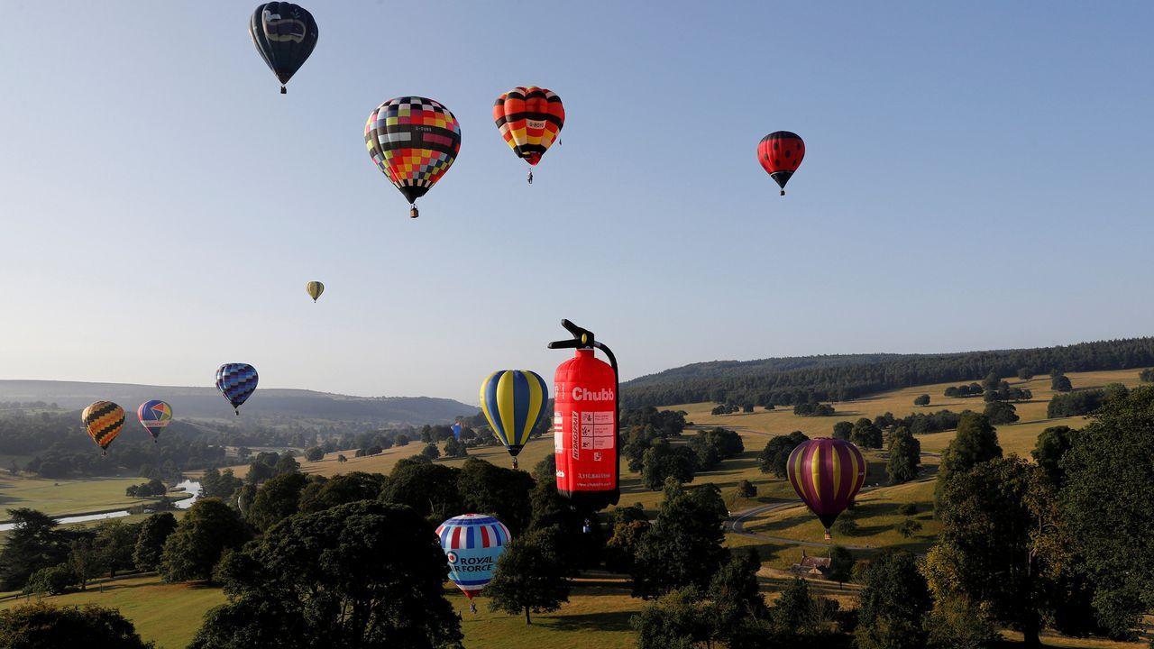 .Varios globos aerostaticos en Reino Unido
