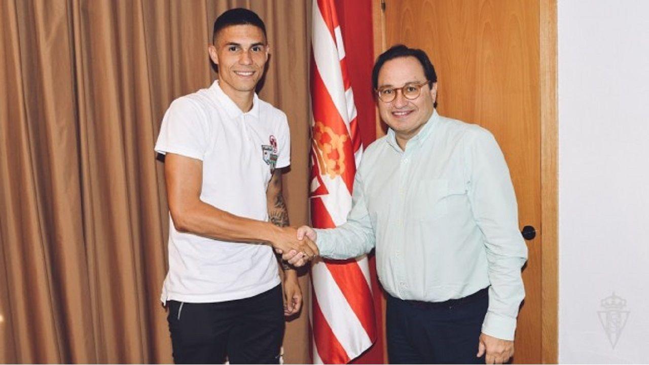 La Folixa, Gijón.Djurdjevic, en su presentación como jugador del Sporting