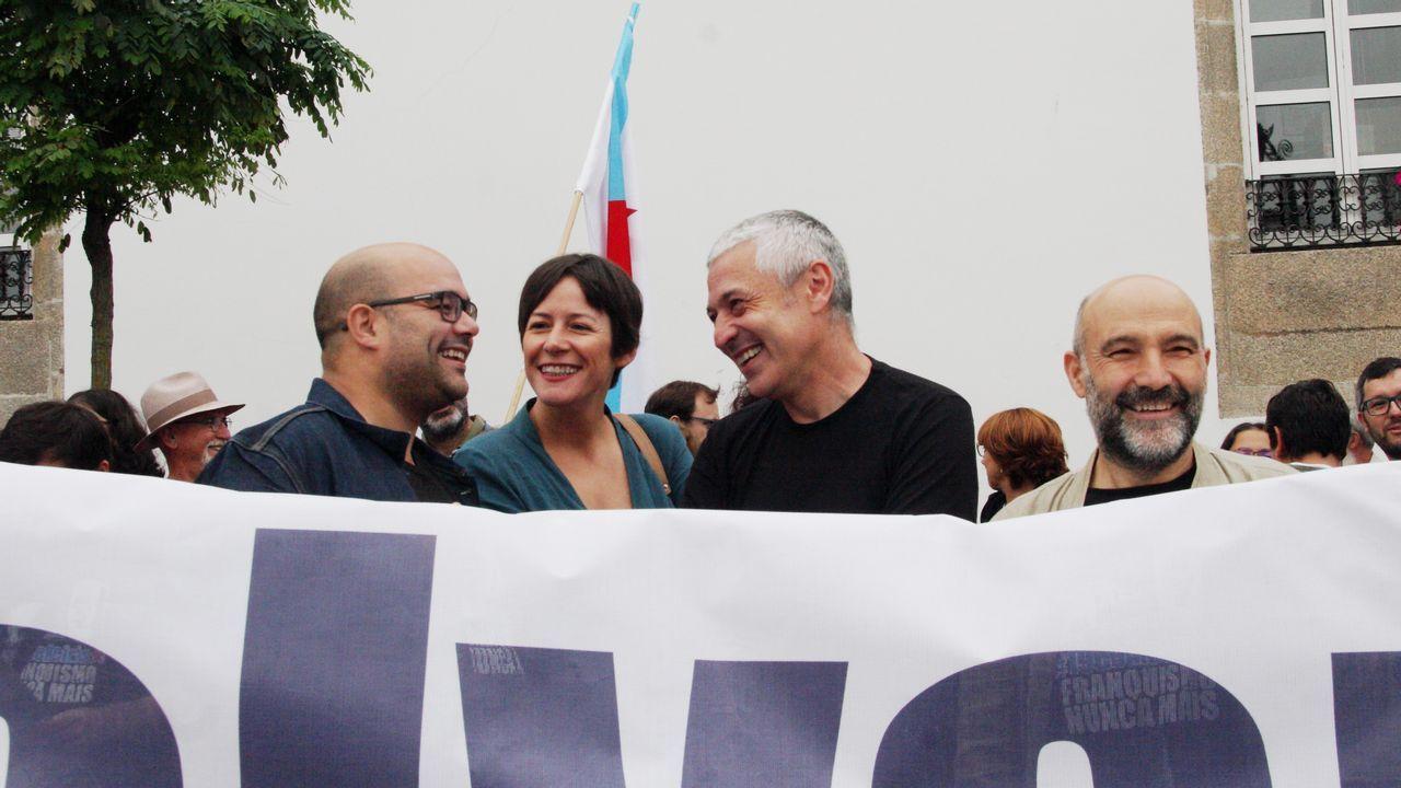 El presidente combina la mano tendida a PSOE y BNG con el garrote a En Marea.O cadro foi desembalado este mércores na Cidade da Cultura, onde se poderá ver a partir deste venres