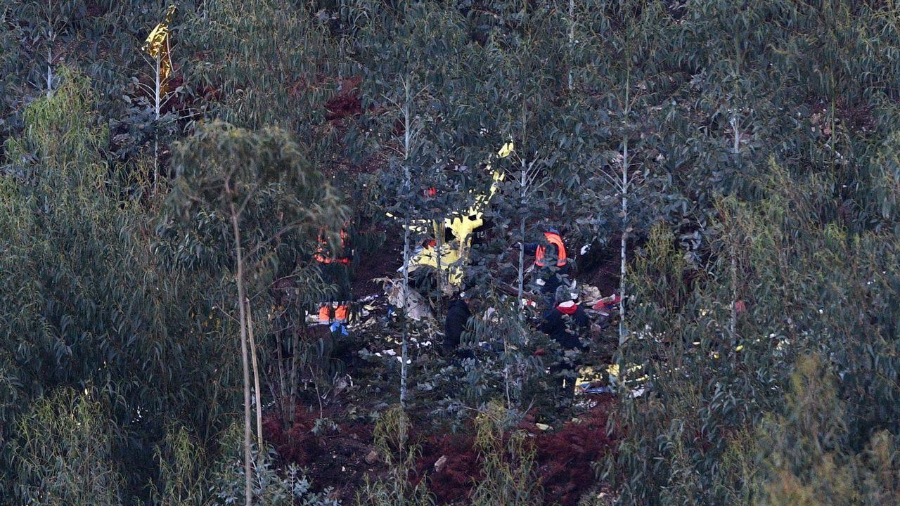 Imagen del lugar en el que se estrelló el helicóptero en el que viajaba el médico gallego