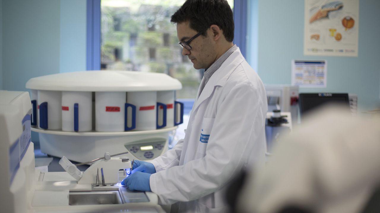 El doctor Ignacio Alcalde, investigador principal en la Fundación de Investigación Oftalmológica (FIO)