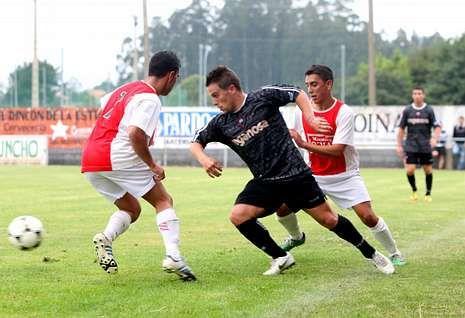 Dieguito, que fichó en el Mugardos, jugó la pasada temporada en las filas del As Pontes.