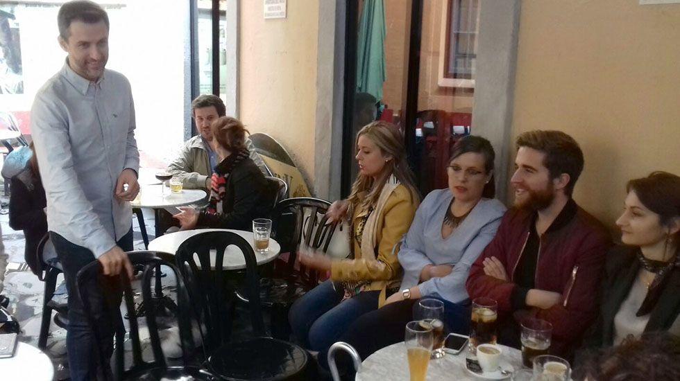 José María Pérez, en un encuentro con jóvenes militantes del PSOE en Oviedo.José María Pérez, en un encuentro con jóvenes militantes del PSOE en Oviedo