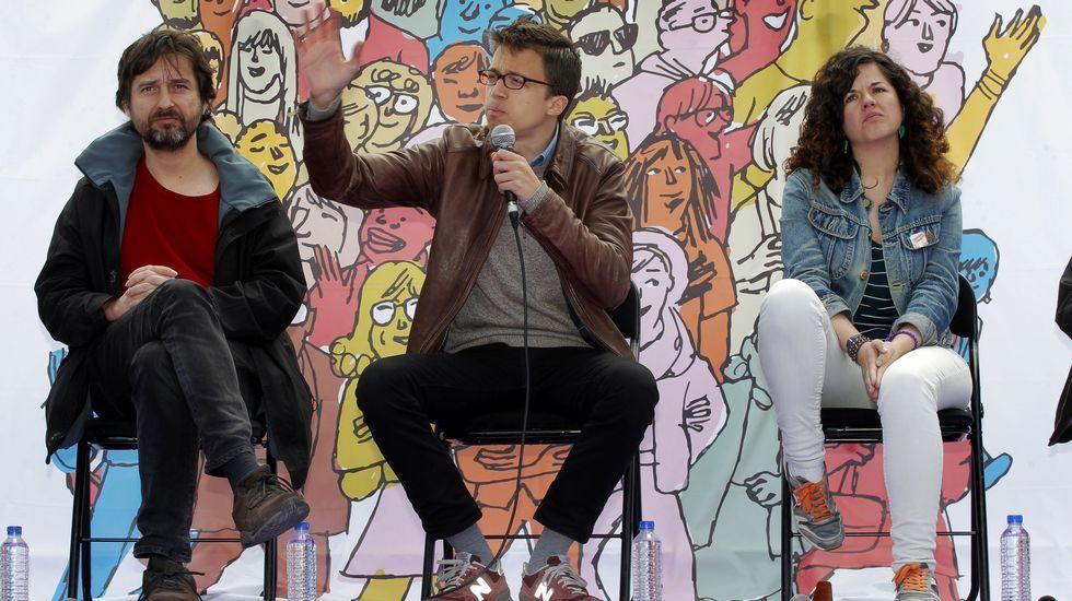 .Rafa Mayoral, Iñigo Errejón y Sofía Castañón en La Felguera
