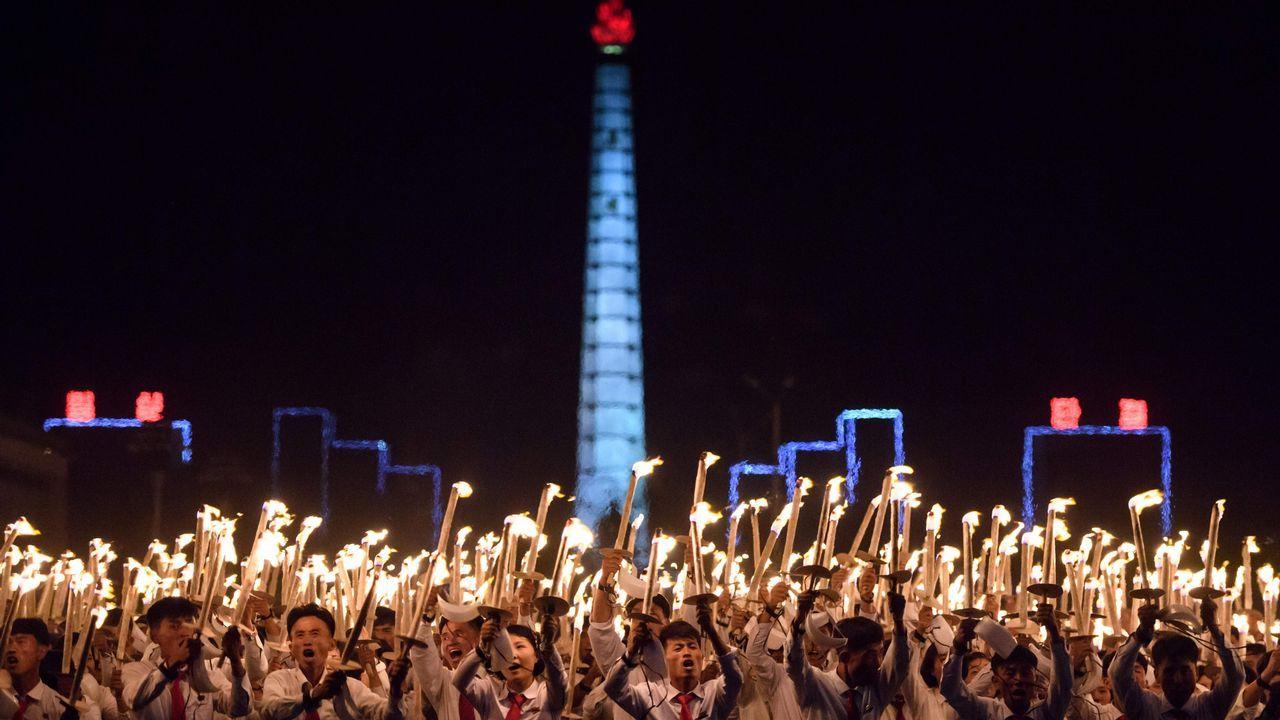 Celebración en Corea del Norte por el 70 aniversario de la fundación de la república
