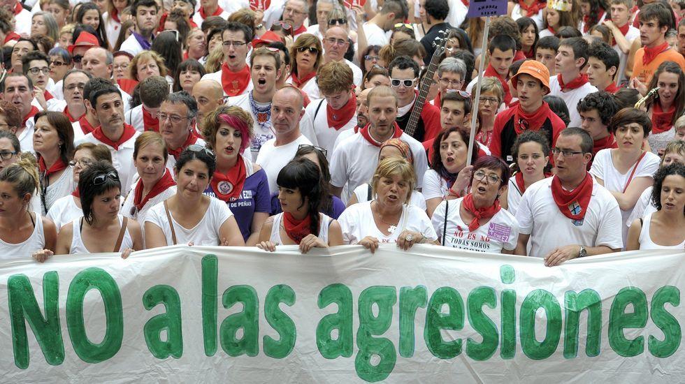 Los cinco acusados de la violación de San Fermíndan su versión de los hechos.Una de las acciones de Avilés Libre de Agresiones Sexistas