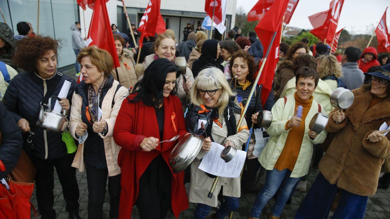 Protesta del personal de Urgencias del Hospital Clínico