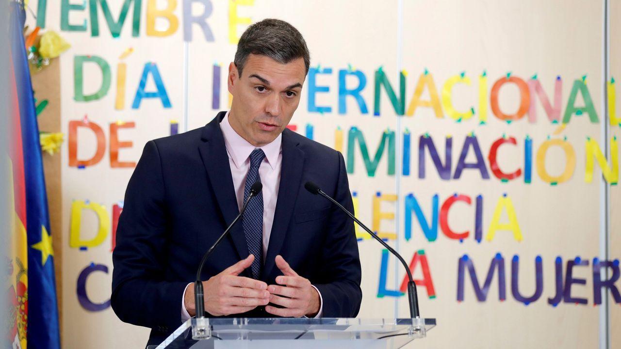 La ministra Montero y Feijoo durante una reunión que ambos mantuvieron en Madrid