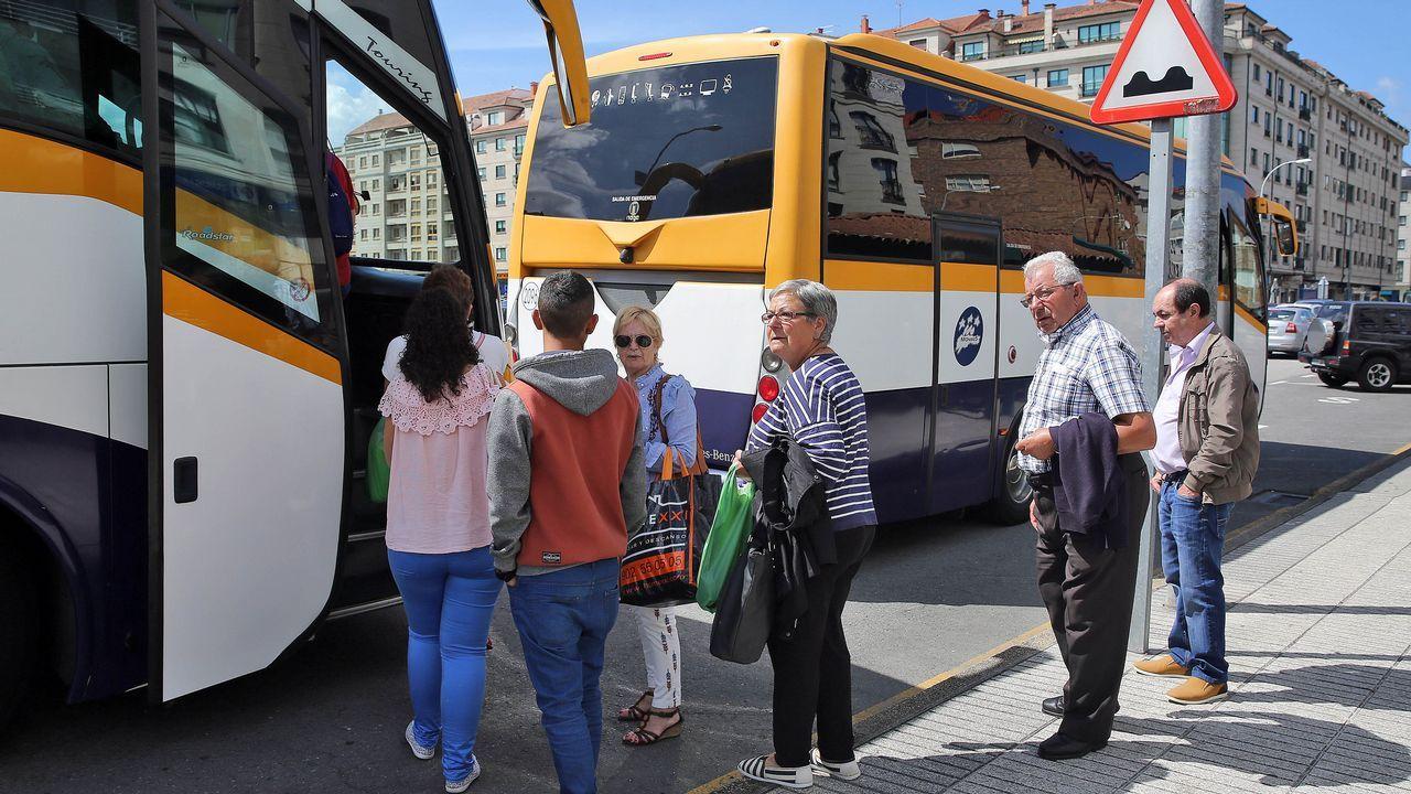 Conflicto con las líneas de autobús en Arousa.