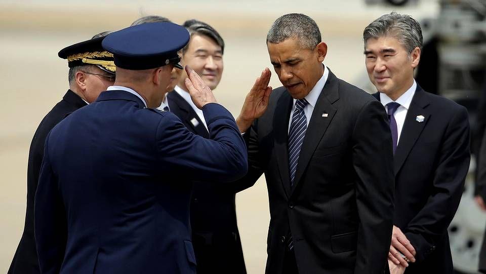 Un tornado arrasa varias poblaciones de EE.UU..Obama, a su llegada a Seúl