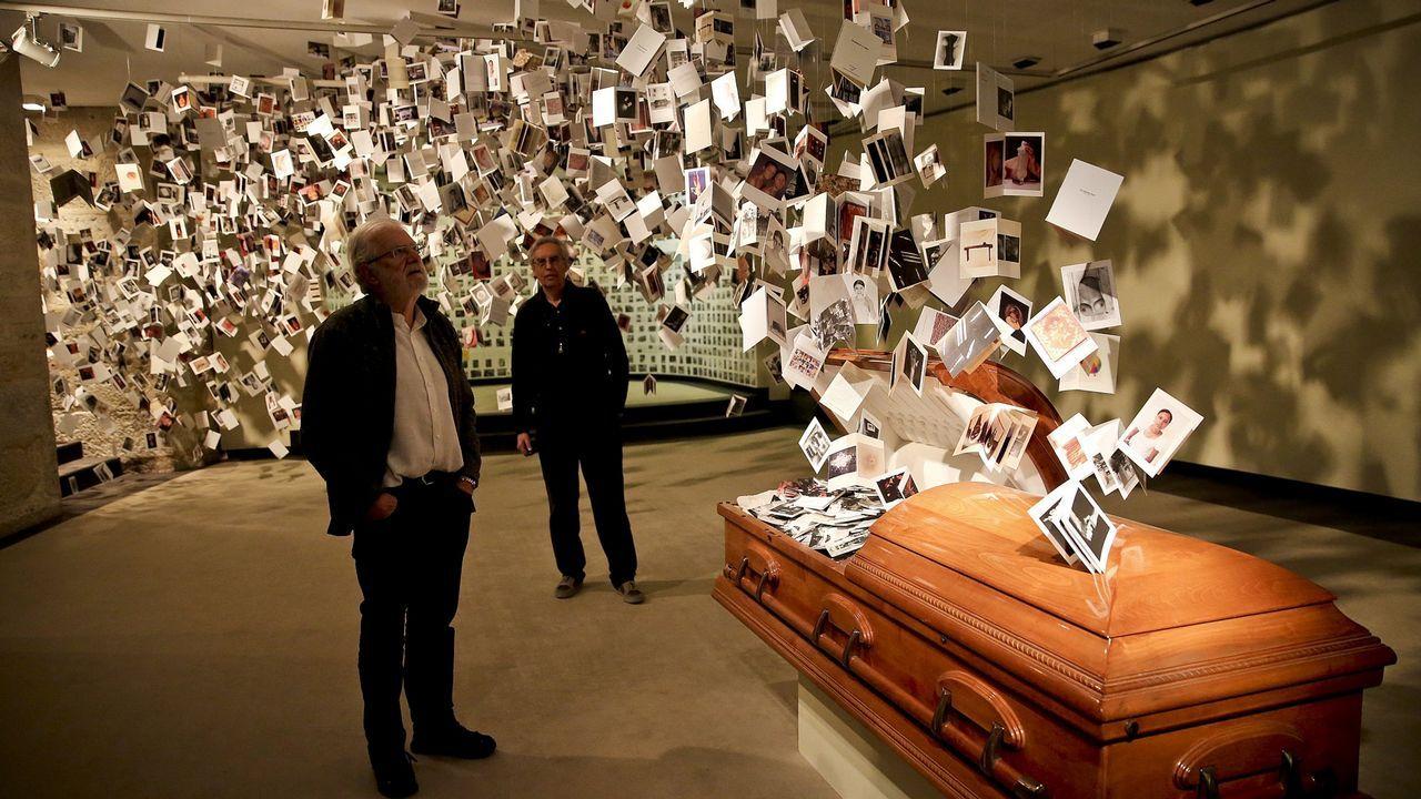 El documentalismo social de Mario Pascual se incorpora al tesoro fotográfico del Pueblu d'Asturies.Paula Echevarría posando en Instagram