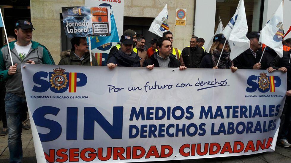 Concentración policías convocados por SUP y ASP