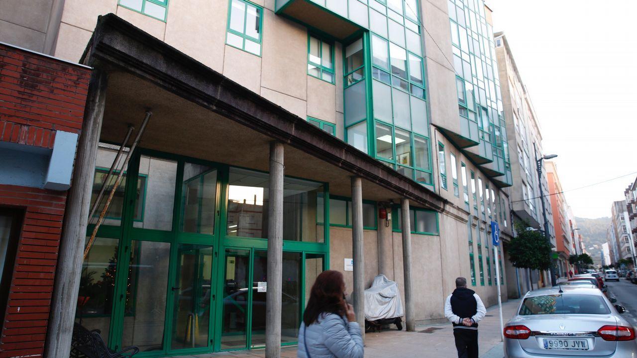 Médicos del Sergas llevan su protesta por la falta de personal a las puertas del Parlamento gallego.Beatriz González López-Valcárcel, en una conferencia en Ourense