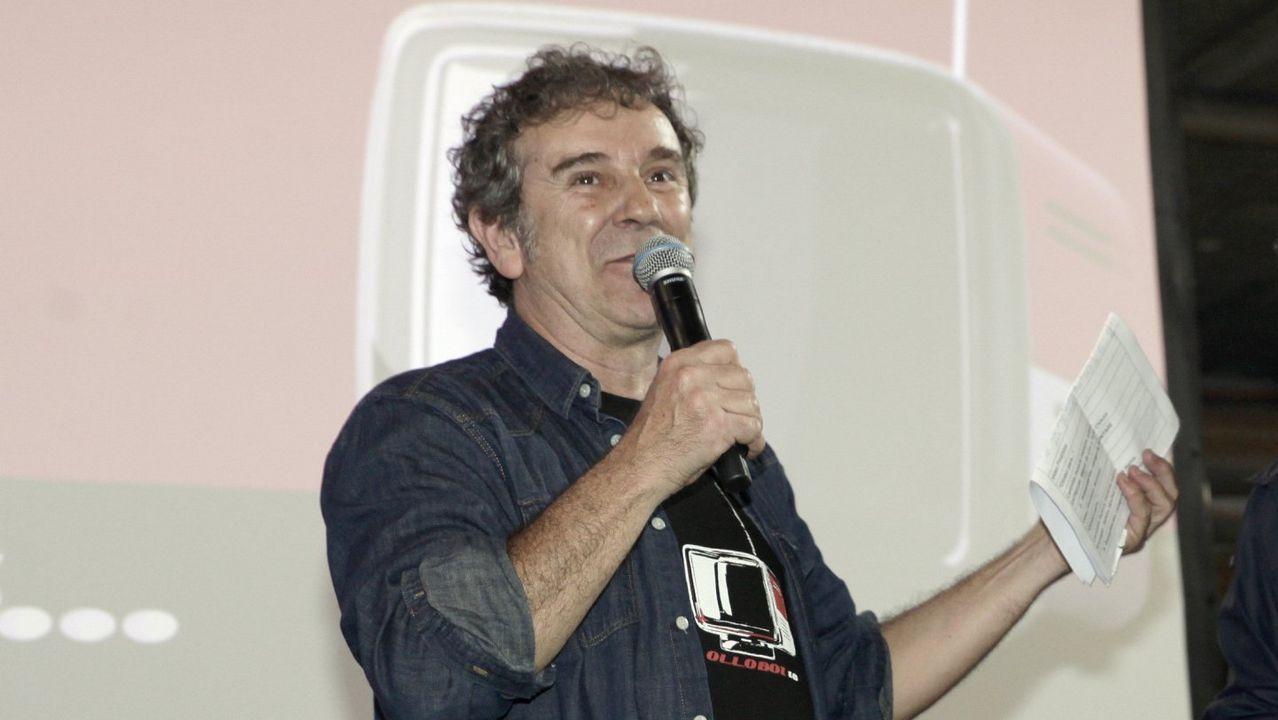 Marcial Martínez, en el centro