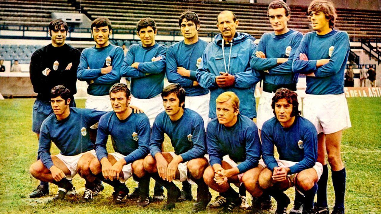Perez Pallas Erice Torro Christian Fernandez Tenerife Real Oviedo.«Chuso», arriba a la derecha, en la foto del equipo durante la temporada 1971-1972