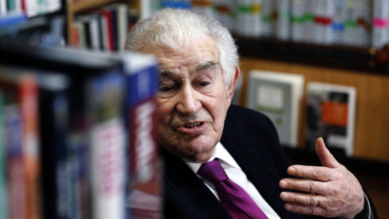El poeta Antonio Gamoneda, ganador del Premio Cervantes en 2006,