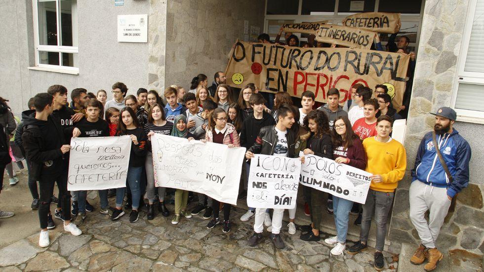 Así está el balneario de A Compostela.Imagen de la residencia de ancianos de Felechosa