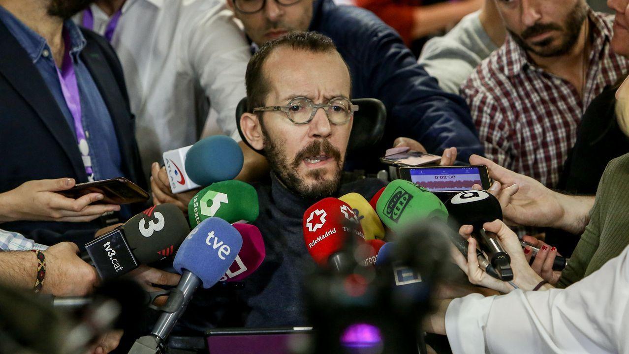 El abogado de Puigdemont, Gonzalo Boye, tuvo que presentar su documentación en el registro como le ordenó una funcionaria de la Junta Electoral.La demanda contra Echenique, por intromisión ilegítima en el derecho al honor, fue admitida a trámite en un juzgado de Leganés